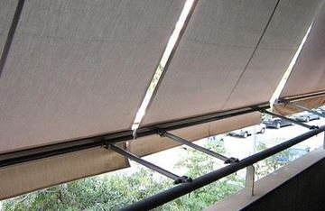 Imagen de Toldo Vertical Brazo Balcon -Tela Lona Acrilica rayada